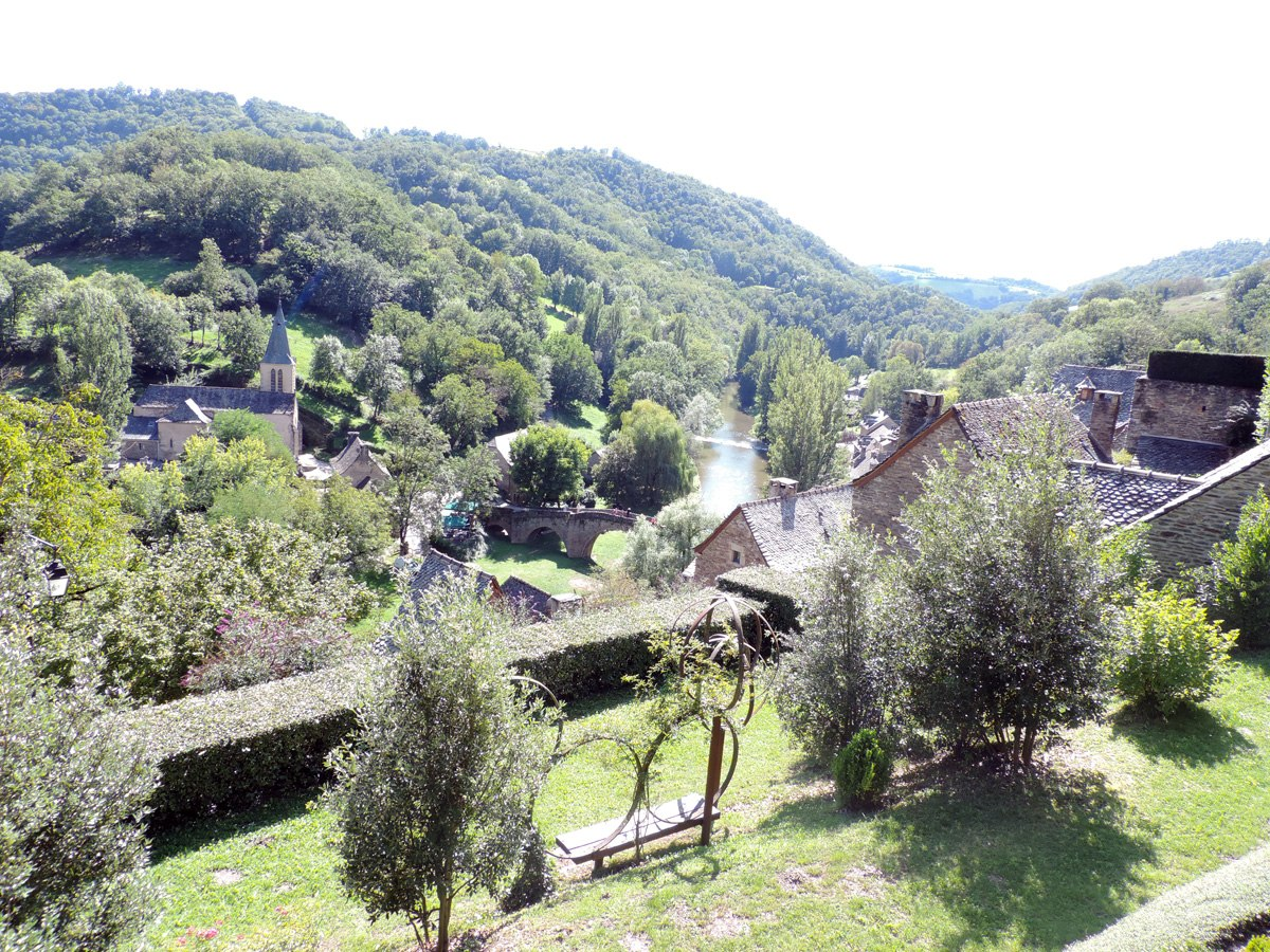 http://www.gite-ecologique-aveyron.com/wp-content/uploads/2015/03/5_3-gite-plus-beaux-villages-de-France-aveyron-03.jpg