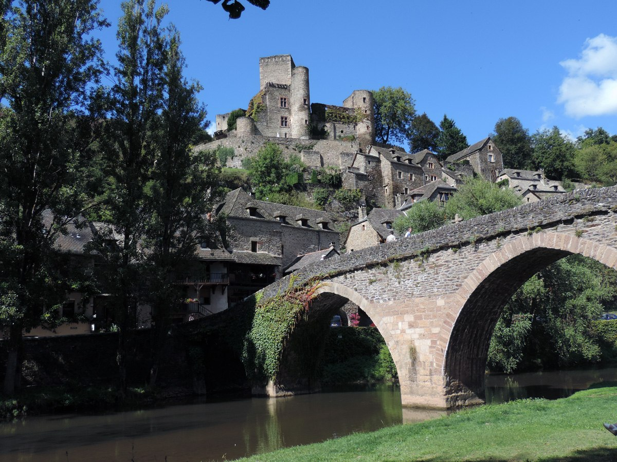 http://www.gite-ecologique-aveyron.com/wp-content/uploads/2015/03/5_3-gite-plus-beaux-villages-de-France-aveyron-22.jpg